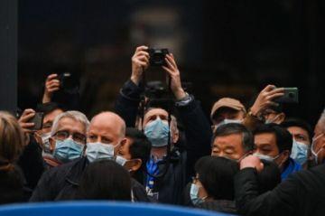 El mundo refuerza su lucha contra el coronavirus mientras la OMS investiga su origen