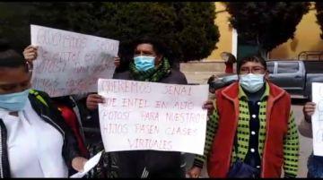 Vecinos de Potosí piden buena señal de internet para pasar clases virtuales
