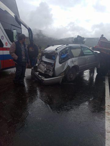 Reportan accidente de tránsito que causó la muerte de dos personas y seis heridos