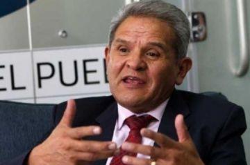 El Senado aprueba homenaje póstumo a Rolando Villena