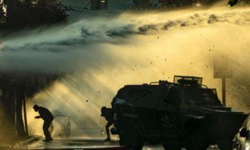 Surgen protestas en Chile por muerte de artista callejero abatido a tiros por un policía