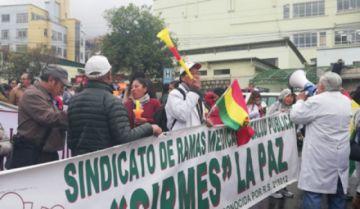 La Paz: Médicos aseguran una movilización nacional en rechazo a Ley de Emergencia