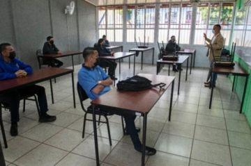 Costa Rica vuelve a clases presenciales tras suspensión por pandemia