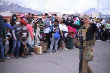 Chile expulsará a más de centenar de migrantes irregulares