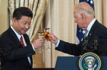 Biden habló con Xi y le expresó su preocupación por Hong Kong y los uigures