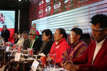 Candidatos a la gobernación postulan la industrialización de los recursos naturales