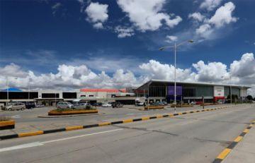 Gobierno amplía restricción a vuelos desde Europa hasta el 15 de marzo