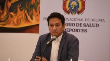 Viceministro denuncia uso de vacunas anti-covid en gerentes y jefes de la Seguridad Social
