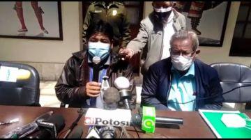 El gobernador de Potosí busca apoyo estatal para la compra de vacunas