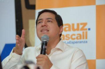Ecuador elegirá en balotaje entre izquierdista Arauz y derechista Lasso