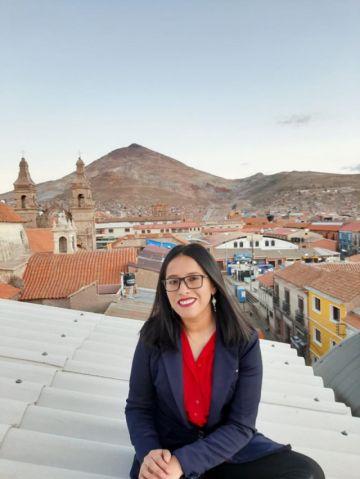 """Potosina está entre las 20 """"Latinas con voz"""""""