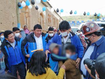 Evo Morales hace campaña en el norte de Potosí con el candidato del MAS
