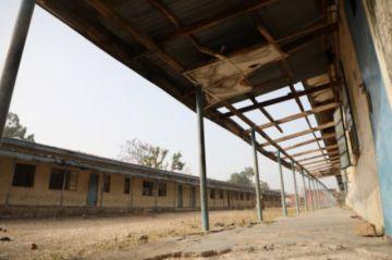 Los padres de las 317 adolescentes secuestradas en Nigeria siguen sin noticias de sus hijas