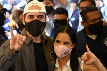 Salvadoreños votaron en comicios que podrían dar a Bukele control del Congreso