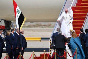 """""""Que callen las armas"""", reclama el Papa en su visita histórica a Irak"""