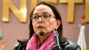 Fiscalía solicita alerta migratoria contra exministra Eidy Roca por el caso respiradores