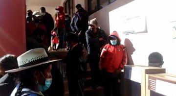 Algunas mesas electorales abren con retrasos en Potosí