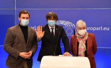 Parlamento Europeo suspendió la inmunidad de tres eurodiputados catalanes