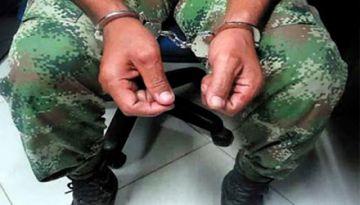 Cochabamba: Ebrios se disfrazaron de militares para ir a votar y terminaron a golpes con policías