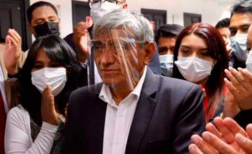 Iván Arias advierte con salir a las calles para defender la democracia