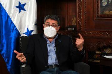 """Presidente de Honduras recibía cocaína de Colombia y """"se burlaba de la DEA"""", según excapo narco"""