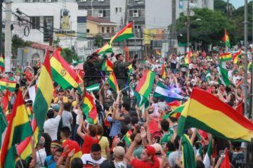 La UE rechaza acusaciones y asegura que participó en la 'mediación' de la crisis en Bolivia