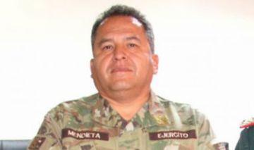 Juez determina cárcel para excomandante del Ejército por caso de supuesto 'golpe'