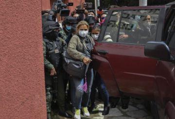 Aumentan en Bolivia a seis meses prisión preventiva a Añez, bajo supervisión médica