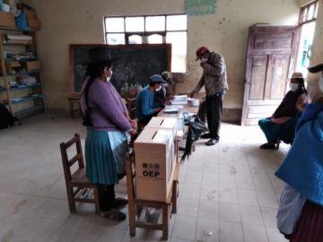 Ya está en desarrollo la votación en las tres mesas anuladas de Potosí