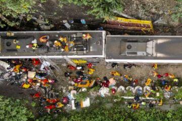Reportan que 51 personas murieron en accidente de tren en Taiwán