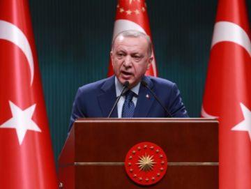 Reportan que hay 10 almirantes retirados, detenidos en Turquía por criticar un proyecto de Erdogan