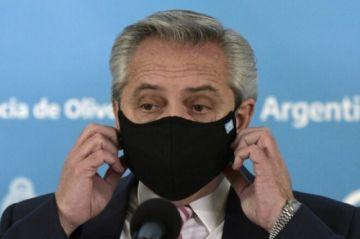 Reportan que el presidente argentino está estable y sin síntomas tras contagiarse de covid-19