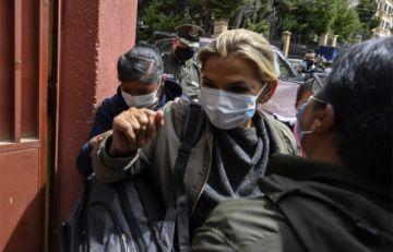 """Excanciller Longaric ve trato """"cruel e inhumano"""" contra Añez y López pide su libertad"""