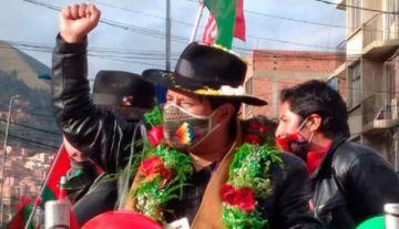 Santos Quispe reta a debatir a Evo Morales: 'pareciera que él es el candidato'