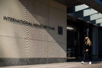 FMI vislumbra salida a crisis del covid-19 y mejora previsión del PIB mundial