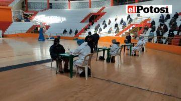 Ya está en desarrollo la campaña de vacunación masiva contra el coronavirus en Potosí