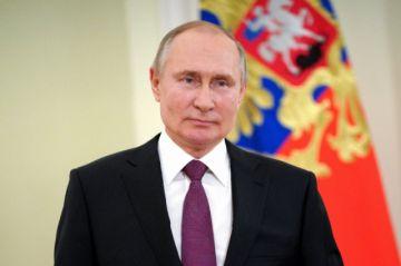 Putin firma ley que le permite optar por dos mandatos más en Rusia