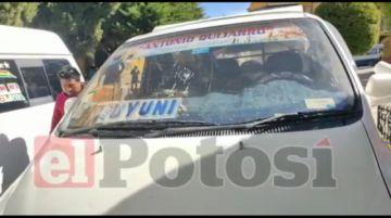 Transportistas denuncian agresiones con piedras y dinamita de sus similares de Oruro