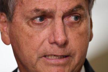 Bolsonaro descarta confinamiento nacional recomendado por especialistas