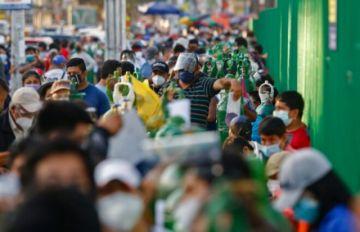 Perú registra récord de 314 muertos por covid en 24 horas, a días de elecciones
