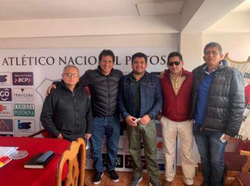 Nacional rescinde contrato con el técnico Álvaro Peña