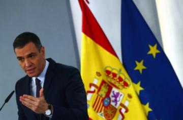 """Tras polémica con AstraZeneca, Sánchez insiste en seguridad de """"todas"""" las vacunas"""
