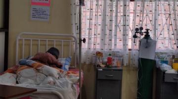 """""""Tengo miedo de no ver más a mis hijos"""", dice Santusa una paciente con cáncer que implora por ayuda"""