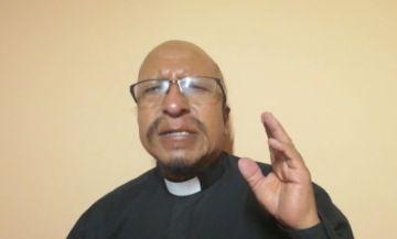 El padre Miguel Albino reflexiona sobre las necesidades de la comunidad