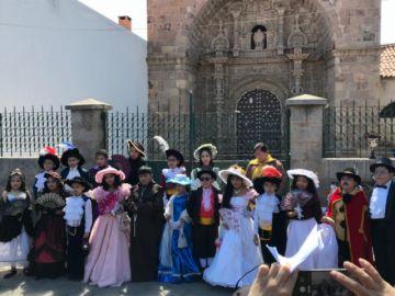 Niñas y niños conmemoraron el Día de los Monumentos y Sitios