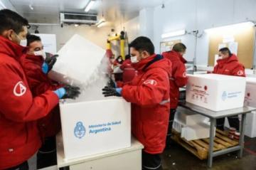Argentina recibe 864.000 dosis de vacunas del fondo Covax