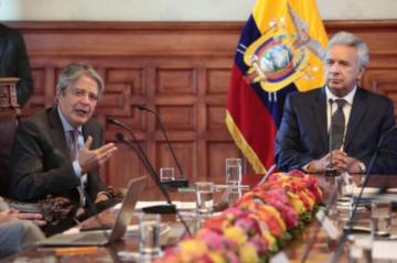 """Presidente electo de Ecuador considera """"urgente"""" atender la vacunación"""