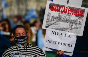 Suspenden  clases en Buenos Aires en medio de una guerra judicial