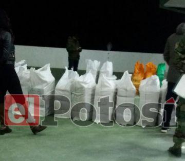 Incautan 941 paquetes de marihuana en la frontera con Chile