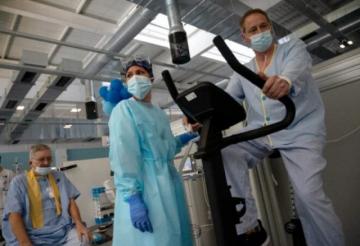 En Madrid, la trabajosa rehabilitación de los pacientes graves de coronavirus